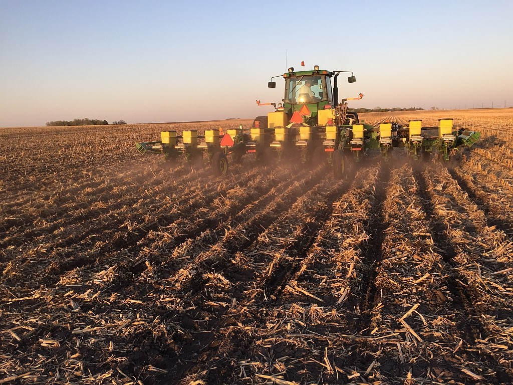Making Changes for Late Planted Soybeans-media-1