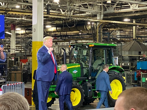 President Trump in Warren, Mich. Photo: Jeff Sandborn