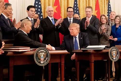 President Donald J. Trump participates in a signing ceremony of an agreement between the United States and China with Chinese Vice Premier Liu He on Wednesday, Jan. 15, 2020, in the East Room of the White House. Vice President Mike Pence attends.(Official White House Photo by D. Myles Cullen)